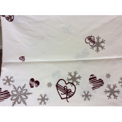 Tablecloth and napkins snowflakes and hearts