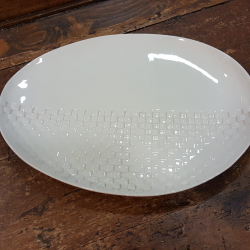 Plate oval in white porcelain imprint checkers Stamperia Bertozzi