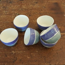 Double-band porcelain coffee cups in blue