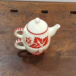 ceramic teapot with cup