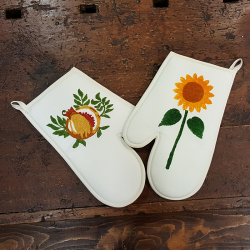 Gloves for hand-printed oven mixed linen.