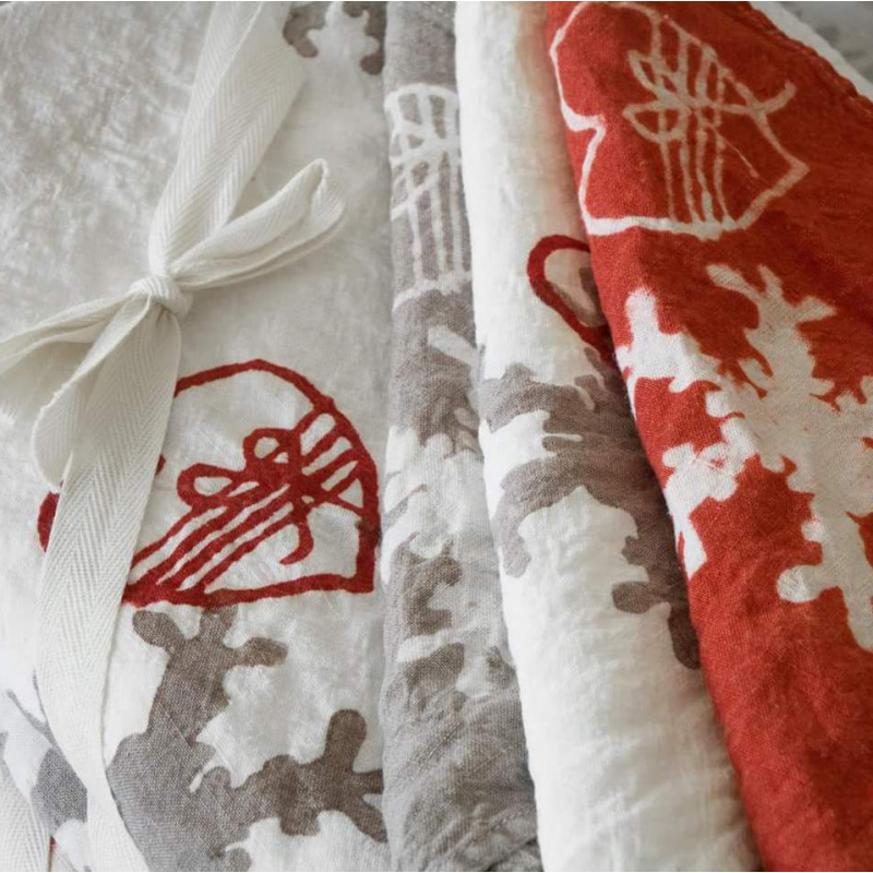 linen tablecloth flakes and hearts