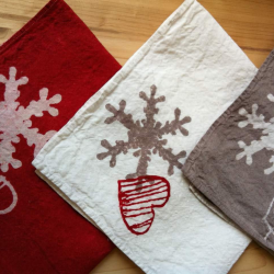Linen tablecloth flakes and hearts for christmas
