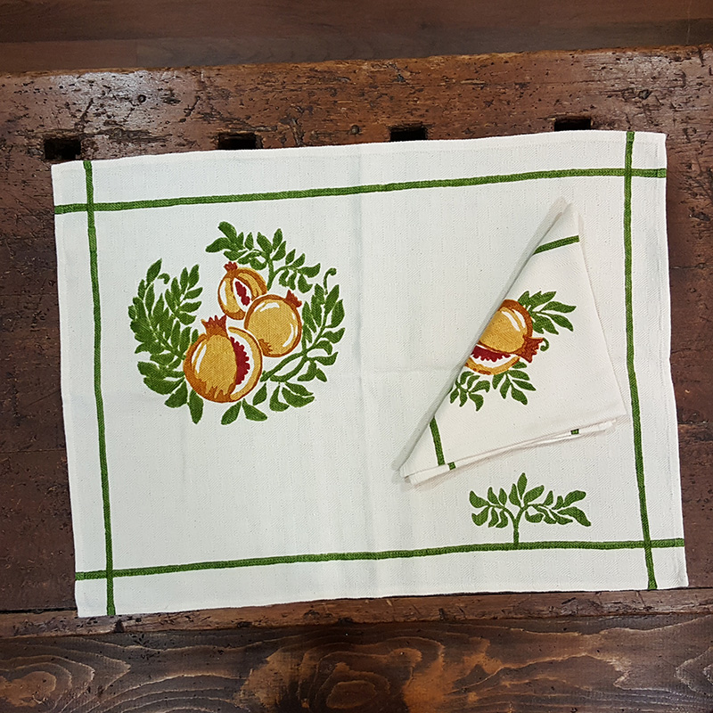 Placemat hand-decorated pomegranates print