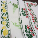 Table runner cherries print
