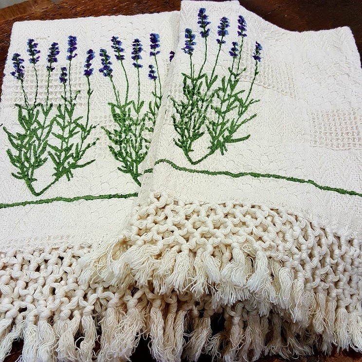 Pair of Bertozzi Lavender Towels